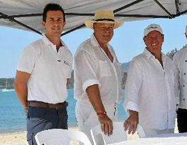 Club to host dinner on world-famous beach