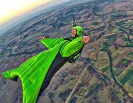 Mates chasing sky-high wingsuit pilot dream in US