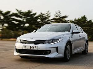 SEEING GREEN: Kia Optima Plug-in Hybrid will go on sale globally in the second half of 2016.