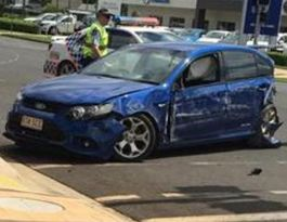 Driver crashes into IGA wall in Kingaroy
