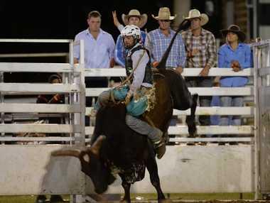 Emerald Ruralweekly PBR,CJ Gleeson on Voodoo Bayou. Photo Allan Reinikka / The Morning Bulletin