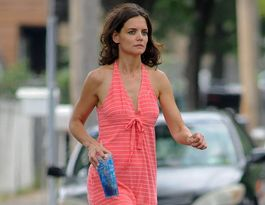 "Regret-free Katie Holmes says she has a ""very normal"" life"