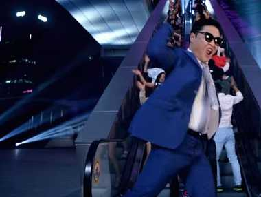 A still from PSY's video clip for 'Daddy'.