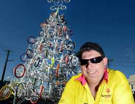 Lismore embraces quirky image with unique Christmas Tree