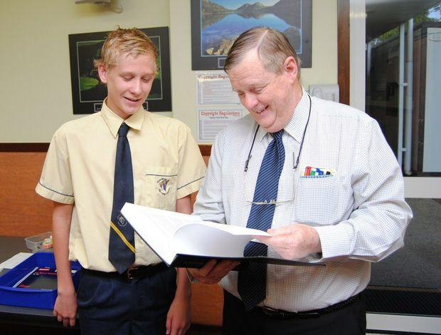 Dr Lyons assisting HSC student, Jesse Haviland, with the ACE Program unique to HSC.