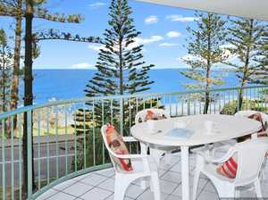 SPACIOUS UNIT ON KINGS BEACH BEACHFRONT