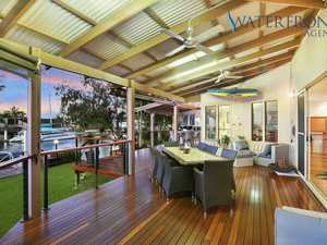 WATERFRONT FAMILY LIFESTYLE PLUS!