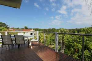 Living at the beach has never been easier! This recently renovated home has been designed to capture the easterly views over the Moonee Beach Nature Reserve and also to capture the prevailing north-easterly sea breezes. The home features 2 bedrooms on the lower level (one with a kitchenette and the ...