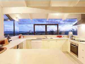 Stunning Residence With Million Dollar Views