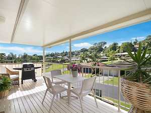 House Sized Duplex with Perfect Presentation...Open this Sat 2nd August 10-10:30