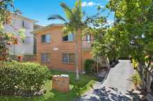 Set in a quiet street just 150 metres from the Tugun beachfront, this recently refurbished unit would make an ideal first purchase or a great investment property - returning $290 per week. The large open plan kitchen/living area is tiled, capturing a peaceful outlook and cool ocean breezes. Two large ...