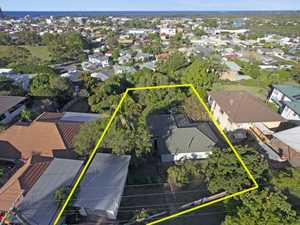 Opportunity Knocks in the heart of central Tweed Heads...Open Home Saturday 30th May 11-11.30am