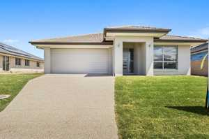 This Brand New Home situated in the exclusive Seabreeze Estate in Pottsville will be sold! Consisting of 4 bedrooms, Rumpus /Activity Room, 2 bathrooms and a Gourmet Kitchen this property is a must to inspect! North Facing flat yard accessible from entertaining area, ample room for a pool    Granite Benchtops ...