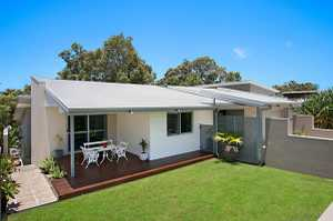 Open Home Saturday 28 November 11-11.30am NSW  A modern entertainer, this rendered family home located in a quiet cul-de-sac features spacious open plan living and entertaining options spread over two levels totalling 351.4sqm of space.  Tastefully designed with a large family in mind the entrance level of the ...