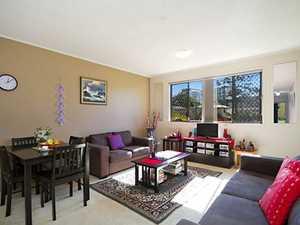 Ground Floor Kirra Apartment in a Great Location