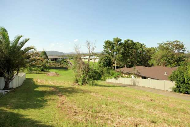 Here is a great opportunity to purchase a 682m2 block of land in a sought after area of Boambee East...