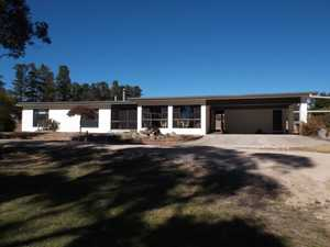 Hale Haven Drive - UNDER CONTRACT