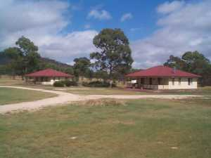 4 quality Cottages on 60 Acres