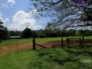 Horse lovers haven in beautiful Bonville...