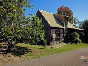 Cottage charm - Boambee Reserve location...
