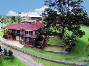 Quality home on a massive 3554sqm block!...