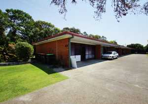 This well presented two bedroom unit is located across from beautiful Park Beach and within walking distance to a major shopping centre and transport facilities. The property features: two bedrooms with built-in wardrobes, modern and combined bathroom and laundry, neat and functional kitchen with tiled flooring, open plan lounge and ...