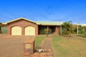Set in a quiet Cul De Sac in Avoca this solid brick is only a short stroll to Sugarland Shopping Centre, Avoca State School and not to mention only a 5 to 10 minute walk to the Brother Sports Club and the University.  This immaculate property boasts:- - Three bedrooms 2 ...