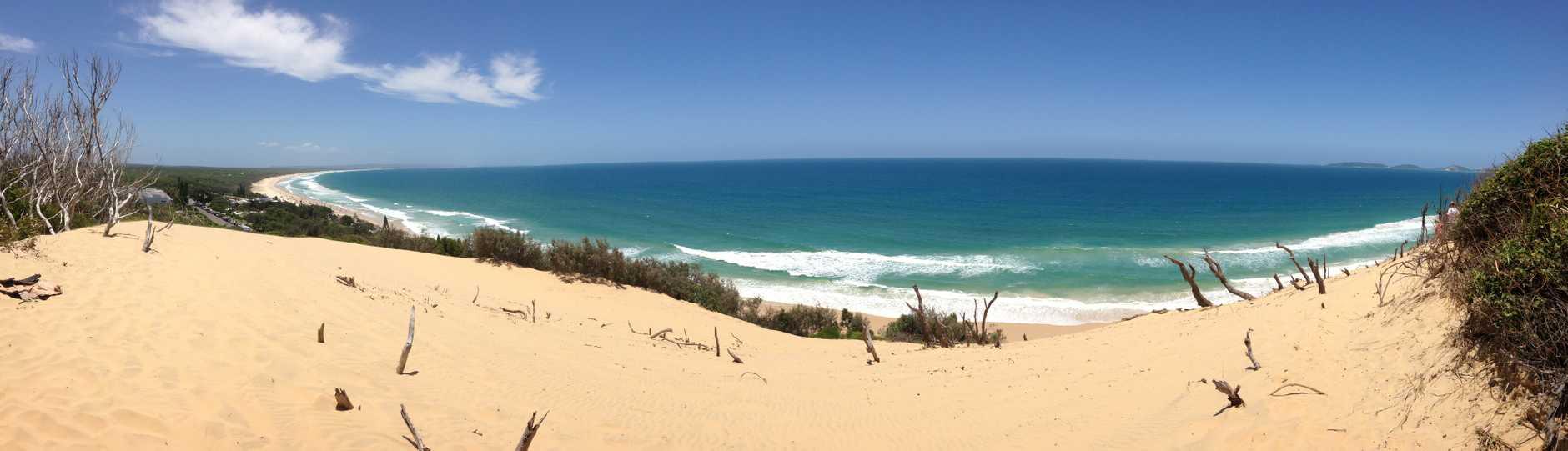 Rainbow Beach - Sand Dune Stuart Rawlins - User Contributed