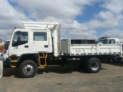 ISUZU FTS 750 4x4 CREW CAB tipping tra 07/2007 4x4 91,000 km 6 speed manual transmission Spring susp...