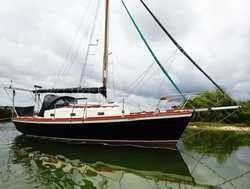 CLASSIC Cruising Yacht Hastings St mooring, live aboard, fully equipped, full details visit websi...