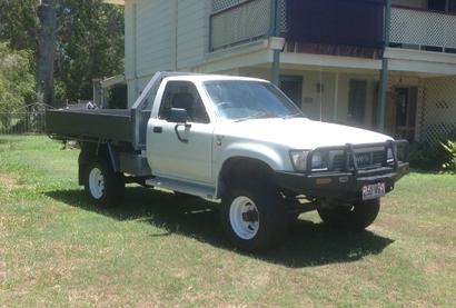 TOYOTA HILUX UTE 1990, 4 x 4 diesel, a/c, lift kit, RWC, rego, VGC, $5500. Phone mobile 042373239...