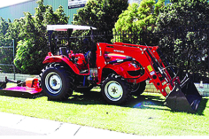 AG CHIEF 50HP Special,   power steer, 4WD, 4 in 1 FEL, 5ft slasher.   Cheap Delivery Aus...