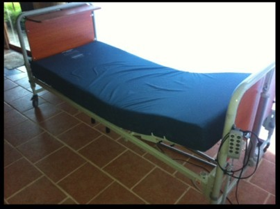 Adjustable single bed with aidacare pressure care mattress. Easy to operate and very comfortable.  C...