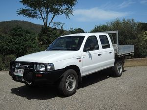 FORD COURIER DUALCAB 4x4 TURBO DIESEL 2004