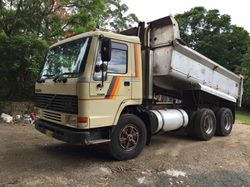 1989 Bogie Drive Tipper. Not long over pits,