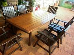Outdoor garden setting Table and six chairs excellent condition includes cushions ( $600)  price  ne...