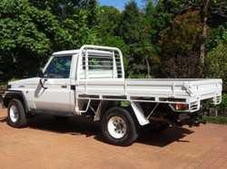 '99 Toyota L/C Ute HZJ75 low kms.RWC Reg. till June. Good reliable vehicle, 4X4, tyres, seat covers...