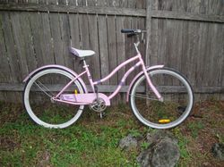 Just serviced, new hand-grips, pink, good condition.