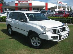 2014 TOYOTA LANDCRUISER PARDO GX 3.0LT TURBO DIESEL AUTOMATIC WAGON With just over 40,000km and the...