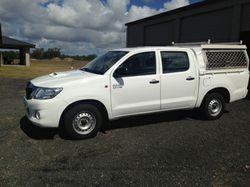 TOYOTA Hilux Diesel 2013 SR twincab    4x2 Manual  88,000 Klms  Towbar  zip...