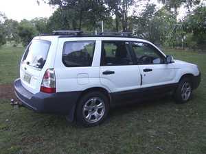 Subaru auto Forester Wagon 2005