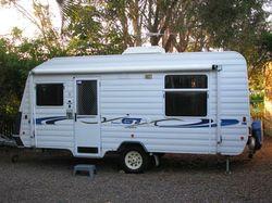 Frankland 17', q/bed, gas stove, 3 way fridge, m/wave, a/c, LED lights, heaps storage, port...
