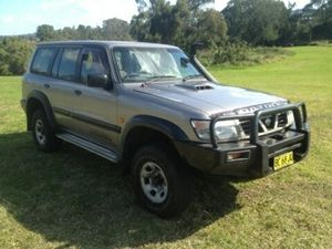 2000 Nissan Patrol  Champagne 5 Speed Manual