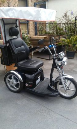 3 Wheeled mobility scooter with canopy