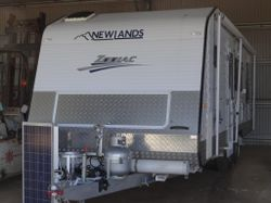 2013 Build, like new ,washing mach ,160 watt portable solar, stored in shed, separate toilet & showe...