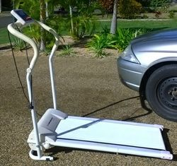 WALKER.JOGGER,WHITE,CURRENT MODEL.ELECTRIC,WORKS GREAT,DIGITAL SCREEN