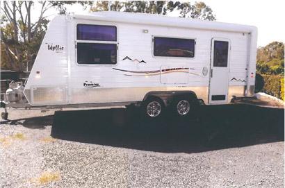 Premier Idyllic Van 20ft, 2010, 1 owner, isl bed, full ens, full g/stove, g/HW, A/C, TV, 3 way fr...