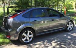 FORD FOCUS 07 Zetec hatch, manual, pwr steer, 2L, Titanium grey metallic, 68,000klms, RWC, excell...