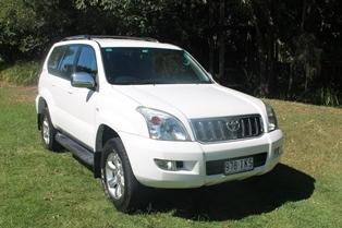 8 seater automatic Prado.  White wagon GXL. Auto windows