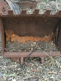 - Old rusty excavator buckets. Laidley area. No txts. $40 ea
